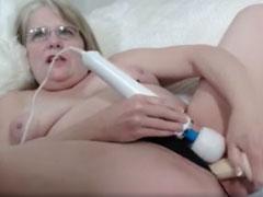 Fette Fotze mit Vibrator