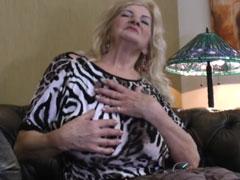 Sinnliche Oma braucht dringend einen Fick