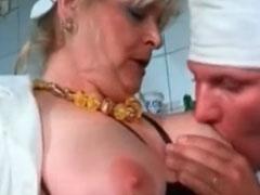 Sex zu dritt mit fetten Omas