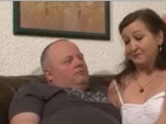 Sex zu Dritt mit geiler Oma